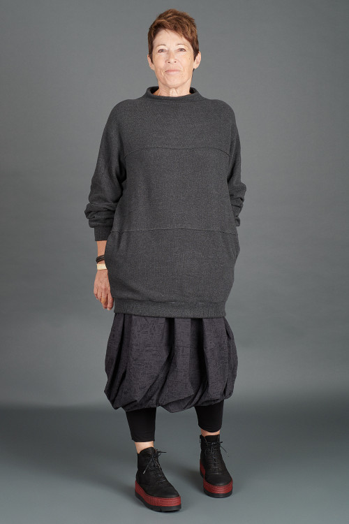 Mamab Juba Pullover MB195242 ,Rundholz Black Label Skirt RH195068 ,Lofina Boots  LF195271