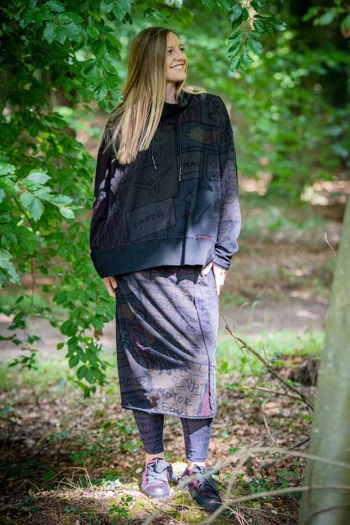 Rundholz Black Label Skirt RH195043, Rundholz Black Label Pullover RH195044, Rundholz Black Label Leggings RH195112, Rundholz Black Label Shoes RH195160