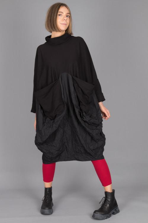 Kedem Sasson Dress KS215314 ,Rundholz Leggings RH215164 ,Lofina Crackled Black Boots LF210024