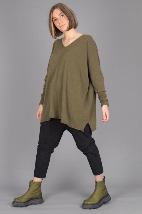 Capra Studio Ruby Pullover CS105063 ,Rundholz Black Label Trousers RH215245 ,Lofina Ankle Zip Boots LF215089