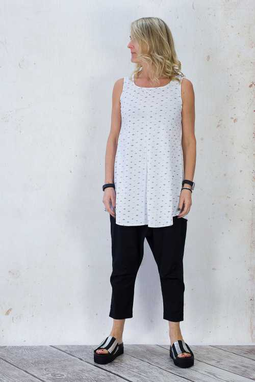 Gix Sleeveless Top GX170093 ,Rundholz Best Ever Trousers Pockets RH170280 ,Papucei Ingrid Sandal PP170174