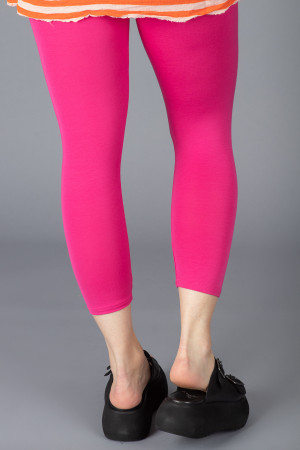bb100048 - By Basics Bamboo Leggings @ Walkers.Style buy women's clothes online or at our Norwich shop.