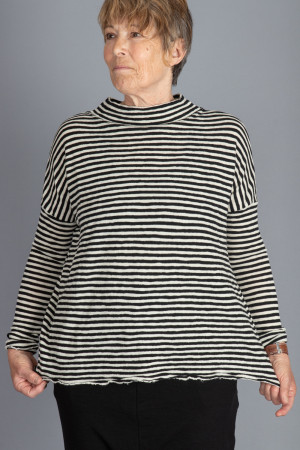 bb100052 - By Basics Wide Top @ Walkers.Style women's and ladies fashion clothing online shop