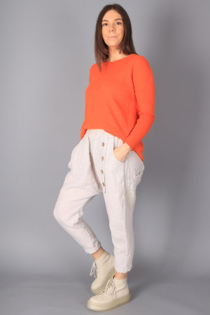 bb100054 - By Basics Loose Top @ Walkers.Style buy women's clothes online or at our Norwich shop.