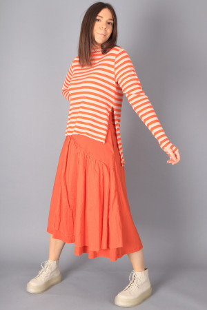 bb100055 - By Basics High Neck Top @ Walkers.Style buy women's clothes online or at our Norwich shop.