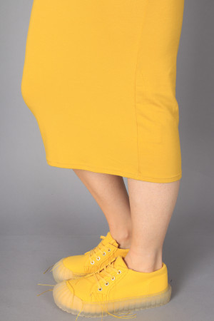bb100058 - By Basics Tube Skirt @ Walkers.Style buy women's clothes online or at our Norwich shop.
