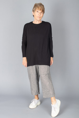 bb100060 - By Basics Oversized Tunic @ Walkers.Style buy women's clothes online or at our Norwich shop.