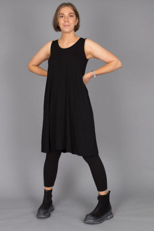 bb100085 - By Basics Wide Vest @ Walkers.Style buy women's clothes online or at our Norwich shop.