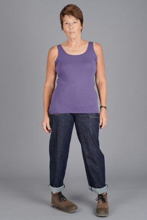 cl105013 - Cut Loose Vest Top @ Walkers.Style buy women's clothes online or at our Norwich shop.