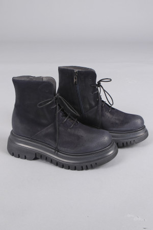 lf105045 - Lofina Suede Lace Boots @ Walkers.Style buy women's clothes online or at our Norwich shop.