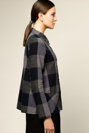 ll105056 - Lilith Bonnie Shirt @ Walkers.Style buy women's clothes online or at our Norwich shop.