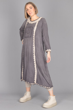 mp105068 - Magnolia Pearl Twill Dress @ Walkers.Style buy women's clothes online or at our Norwich shop.
