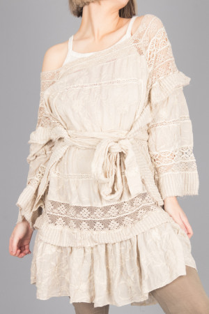 mp105081 - Magnolia Pearl Lace Poelle Tunic @ Walkers.Style women's and ladies fashion clothing online shop