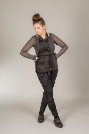 rh185148 - Rundholz Black Label Vest @ Walkers.Style women's and ladies fashion clothing online shop