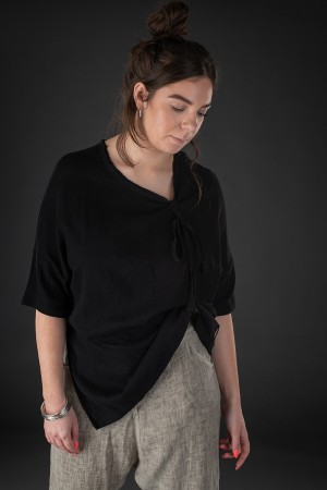 sb190004 - StudioB3 Pavona Tunic @ Walkers.Style buy women's clothes online or at our Norwich shop.