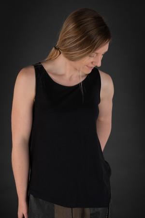 lb190034 - Lurdes Bergada T-Shirt @ Walkers.Style buy women's clothes online or at our Norwich shop.