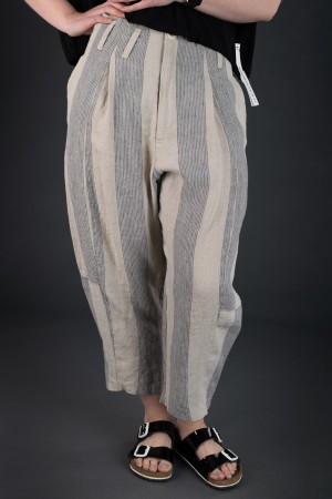lb190050 - Lurdes Bergada Syngman striped Pants @ Walkers.Style buy women's clothes online or at our Norwich shop.