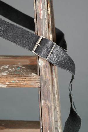 rh195014 - Rundholz Leather Belt @ Walkers.Style buy women's clothes online or at our Norwich shop.