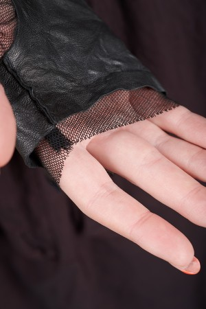 rh195020 - Rundholz DIP Gloves @ Walkers.Style buy women's clothes online or at our Norwich shop.