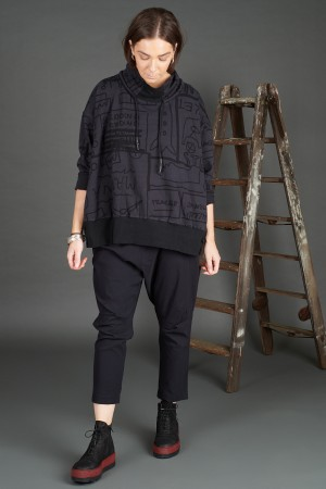 rh195044 - Rundholz Black Label Pullover @ Walkers.Style women's and ladies fashion clothing online shop