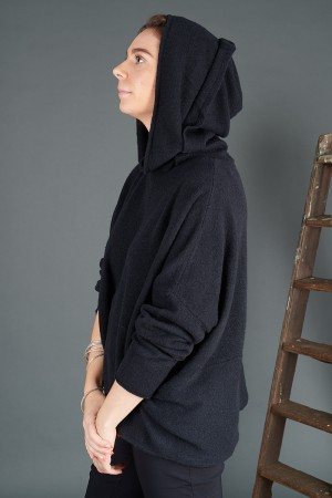 rh195075 - Rundholz Black Label Pullover @ Walkers.Style buy women's clothes online or at our Norwich shop.
