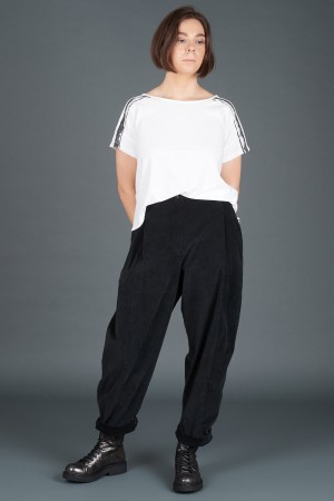 lb195176 - Lurdes Bergada Cropped Low Crotch Pants @ Walkers.Style women's and ladies fashion clothing online shop