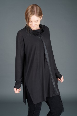 lb195186 - Lurdes Bergada Oversized Tunic @ Walkers.Style buy women's clothes online or at our Norwich shop.