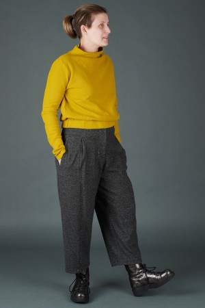 lb195196 - Lurdes Bergada Tapered Belt Trousers @ Walkers.Style women's and ladies fashion clothing online shop