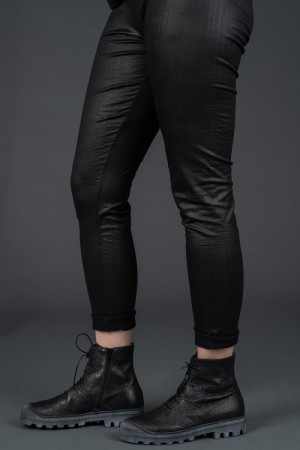 sb195221 - StudioB3 Nexer Leggings @ Walkers.Style buy women's clothes online or at our Norwich shop.