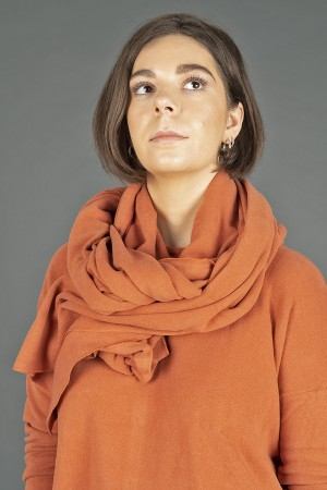 mb195253 - Mamab Segovia Scarf @ Walkers.Style buy women's clothes online or at our Norwich shop.