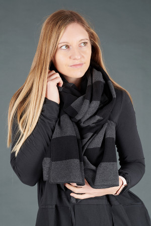 mb195253 - Mamab Segovia Scarf @ Walkers.Style women's and ladies fashion clothing online shop