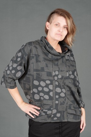 VT195258 - Vetono Shirt @ Walkers.Style buy women's clothes online or at our Norwich shop.