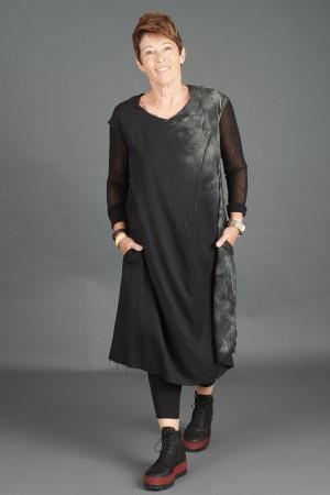 sb195275 - StudioB3 Helia Dress @ Walkers.Style buy women's clothes online or at our Norwich shop.