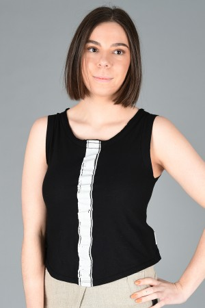 lb200015 - Lurdes Bergada Sleeveless T-Shirt @ Walkers.Style buy women's clothes online or at our Norwich shop.