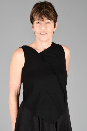lb200016 - Lurdes Bergada Sleeveless T-Shirt @ Walkers.Style buy women's clothes online or at our Norwich shop.