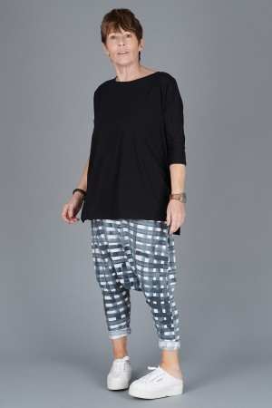 mb200051 - Mamab Reunion Top @ Walkers.Style women's and ladies fashion clothing online shop