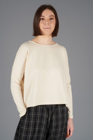 mb200056 - Mamab Samoa Jumper @ Walkers.Style buy women's clothes online or at our Norwich shop.