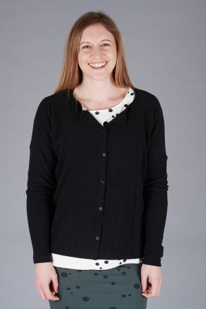 mb200057 - Mamab Samoa Jumper @ Walkers.Style buy women's clothes online or at our Norwich shop.