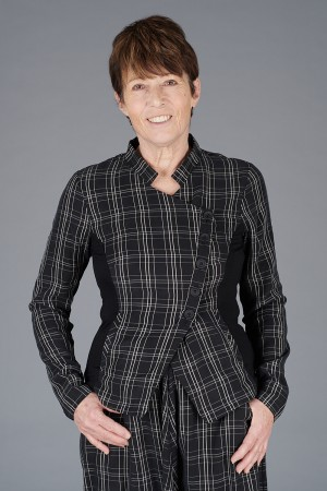 NR200067 - Nor Checked Jacket @ Walkers.Style buy women's clothes online or at our Norwich shop.
