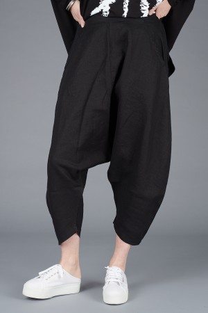 NR200072 - Nor Baggy Linen Trousers @ Walkers.Style women's and ladies fashion clothing online shop