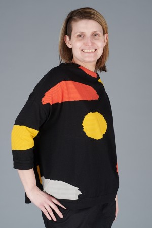 KK200098 - Knit Knit Abstract Top @ Walkers.Style buy women's clothes online or at our Norwich shop.
