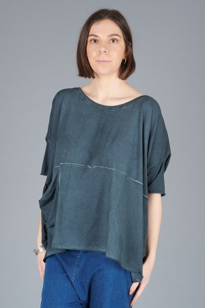 LK200101 - Luukaa Gloria Boxy Top @ Walkers.Style buy women's clothes online or at our Norwich shop.