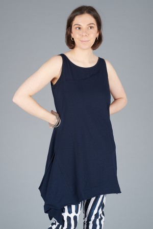 LK200112 - Luukaa Teresa Long Vest @ Walkers.Style buy women's clothes online or at our Norwich shop.