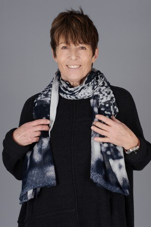 rh200133 - Rundholz Scarf @ Walkers.Style buy women's clothes online or at our Norwich shop.