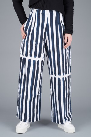 rh200197 - Rundholz Trousers @ Walkers.Style women's and ladies fashion clothing online shop