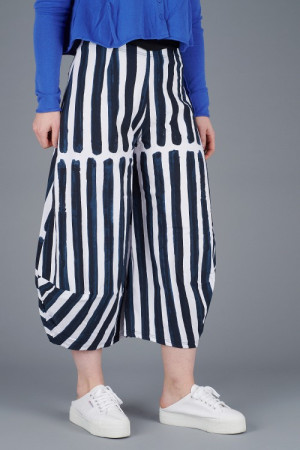 rh200198 - Rundholz Balloon Trousers @ Walkers.Style buy women's clothes online or at our Norwich shop.