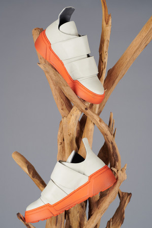 LF200269 - Lofina Sneakers @ Walkers.Style buy women's clothes online or at our Norwich shop.