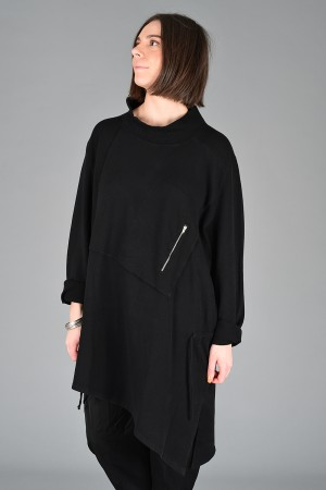 lb200271 - Lurdes Bergada Oversized Pullover @ Walkers.Style buy women's clothes online or at our Norwich shop.