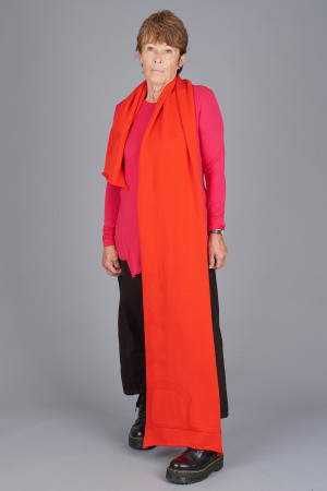po205129 - Pxxx OFF Scarf @ Walkers.Style buy women's clothes online or at our Norwich shop.