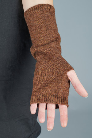 td205154 - Two Danes Yamuna Gloves @ Walkers.Style buy women's clothes online or at our Norwich shop.